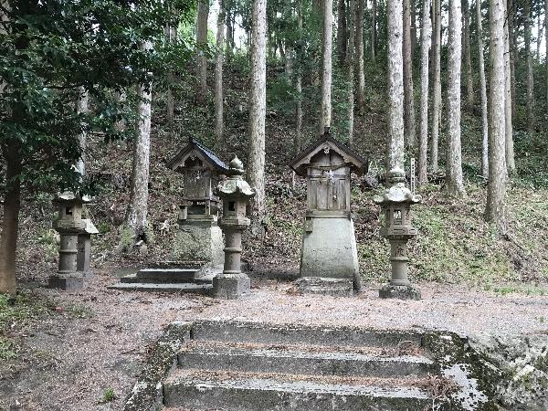 https://fuushi.k-pj.info/jpgj/simane/izumo/sada-t/sadayosino/tanaka-j/tanakaJ-08.jpg