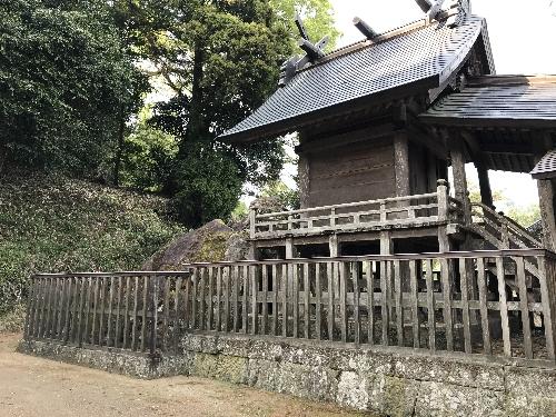 https://fuushi.k-pj.info/jpgj/simane/izumo/sada-t/tanbe/tabe-j/tabeJ-05.jpg