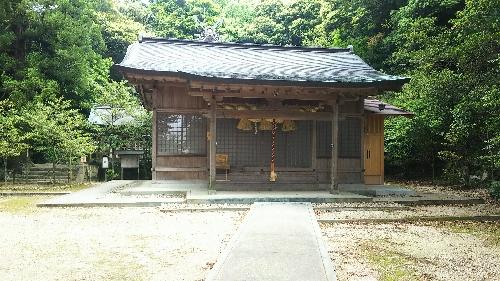 http://fuushi.k-pj.info/jpgj/simane/izumo/taisya-t/youkan1473/asuki-1-haiden.jpg