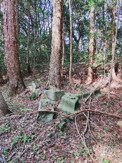 https://fuushi.k-pj.info/jpgj/simane/matue-c/higasiinbe-t//hiraguti/kutamiJ/kutamiJ-c01.jpg