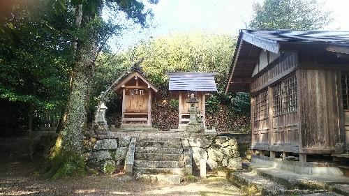 https://fuushi.k-pj.info/jpgj/simane/nita-g/okuizumo-t/mitokoro/sugahiJ/sugahiJ-02.jpg
