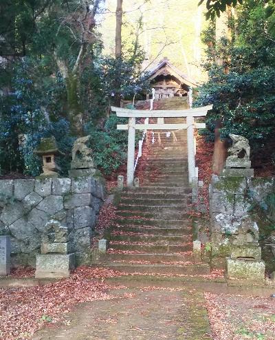 https://fuushi.k-pj.info/jpgj/simane/nita-g/okuizumo-t/ooro/onigami-J/onigamiJ-04.jpg