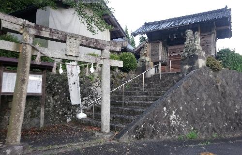 https://fuushi.k-pj.info/jpgj/simane/unnan-c/daitou-t/hataya/hatayaJ/hatayaJ-a01.jpg