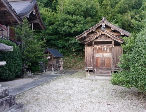 https://fuushi.k-pj.info/jpgj/simane/unnan-c/daitou-t/hataya/hatayaJ/hatayaJ-a06.jpg