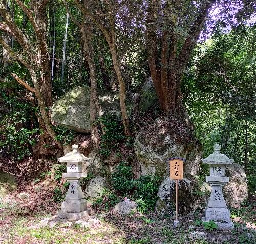 https://fuushi.k-pj.info/jpgj/simane/unnan-c/daitou-t/hataya/hatayaJ/hatayaJ-c03.jpg