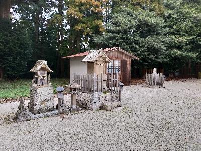 https://fuushi.k-pj.info/jpgj/simane/unnan-c/kamo-t/misiro/misiroJ/misiroJ-c01.jpg