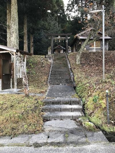 http://fuushi.k-pj.info/jpgj/simane/unnan-c/yosida-t/sugito/takamori-j/takamori-01.jpg