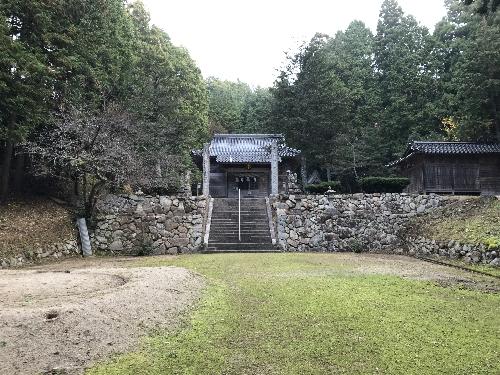 http://fuushi.k-pj.info/jpgj/simane/unnan-c/yosida-t/umeki/tohi-j/tohi-06.jpg
