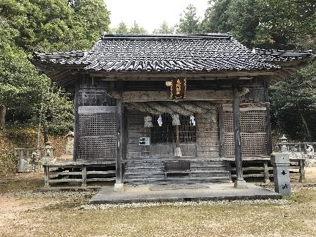 http://fuushi.k-pj.info/jpgj/simane/unnan-c/yosida-t/umeki/tohi-j/tohi-08.jpg