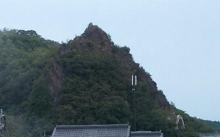 http://fuushi.k-pj.info/jpgk/shimane/kando/tateiwa.jpg